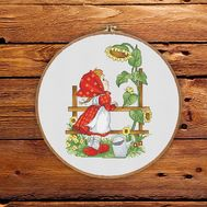 Red Riding Hood and Sunflower cross stitch pattern