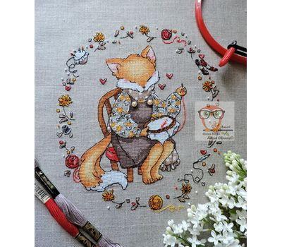 Free Fox the Embroiderer Cross Stitch Pattern