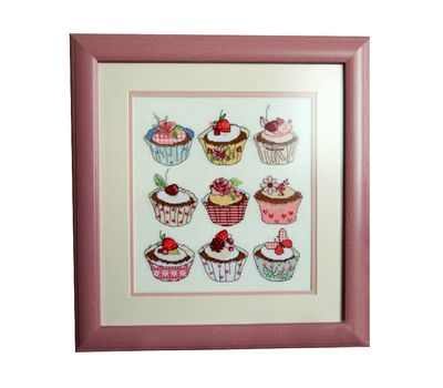 Free Cross Stitch pattern download ''Cupcakes""