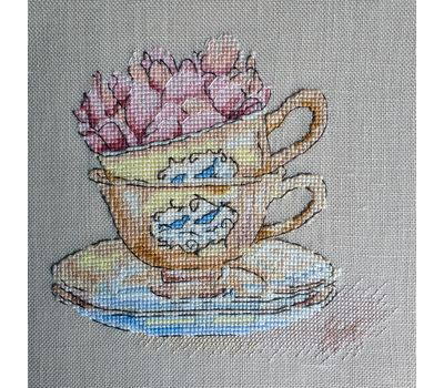 Roses in the cup cross stitch pattern linen canvas