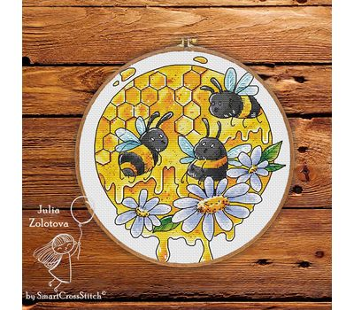 Funny Bees Round Cross stitch pattern