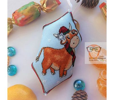 Christmas Bull Embroidery Pattern