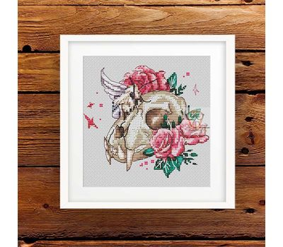 Skull with Roses cross stitch pattern