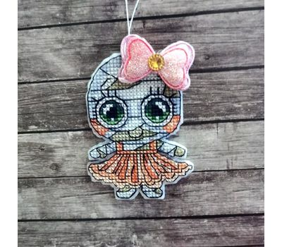 Mummy Girl cross stitch pattern